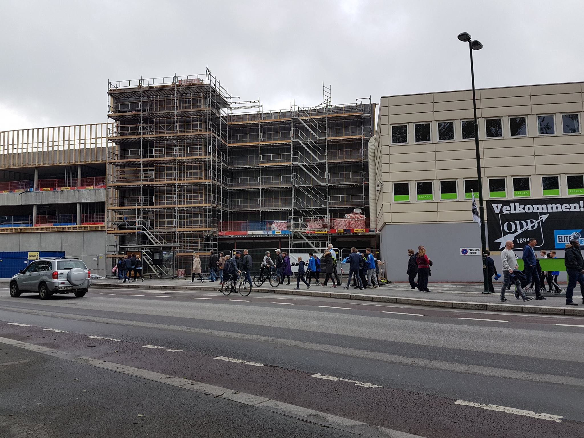 Det bygges på Skagerak Arena...
